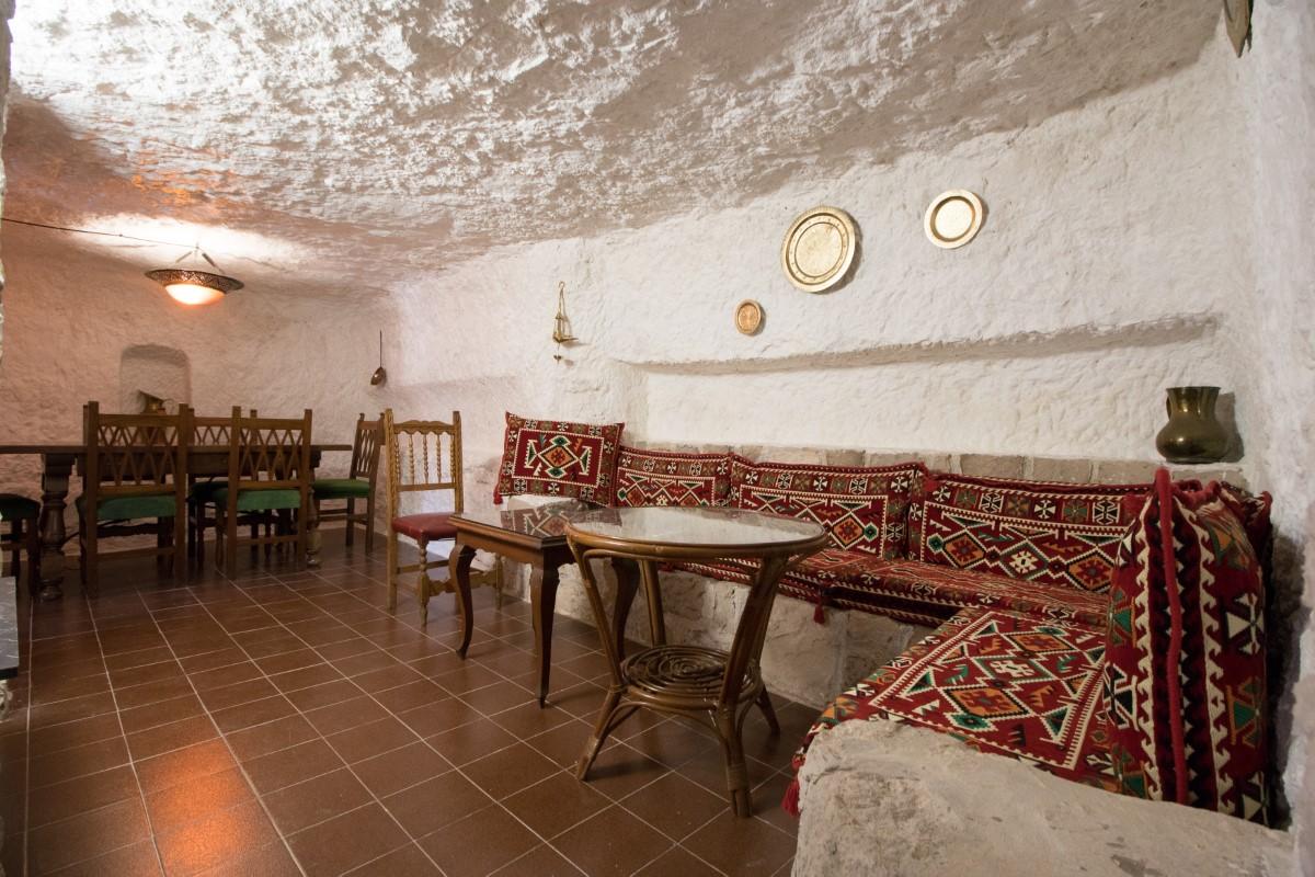 Casa rural con cueva