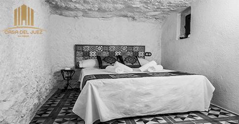Suite en una cueva en Alcalá del Júcar