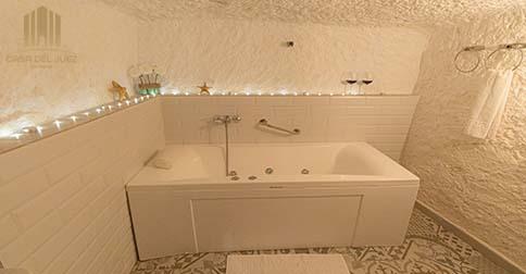 Hotel con cuevas en Alcalá del Júcar